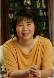 psychologist, bestselling author and parenting expert Dr. Queena Lee Chua